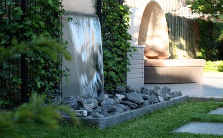 Aanleg waterelement zogroen tuinbeleving vanuit de essentie